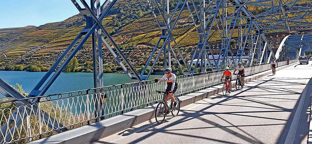 Wine duero douro bike cycling tour